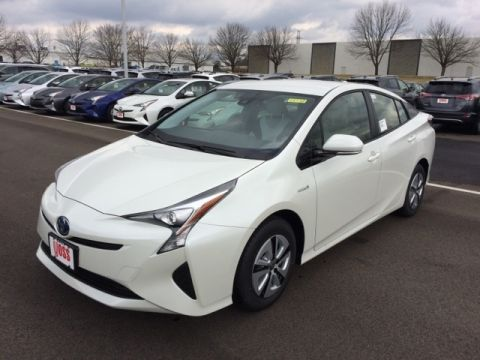 New 2017 Toyota Prius Three 5D Hatchback With Navigation