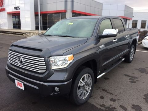 new 2017 toyota tundra limited 4d crewmax in beavercreek t8372 voss toyota. Black Bedroom Furniture Sets. Home Design Ideas